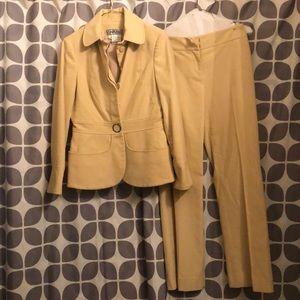 Vintage cream Carlisle size 2 cashmere cotton suit